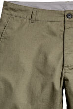 Knee-length cotton shorts - Khaki green - Men | H&M 3