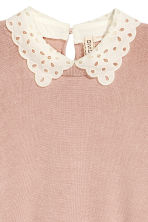 Fine-knit jumper with a collar - Powder pink - Ladies | H&M 3