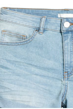 Short denim shorts - Light denim blue - Ladies | H&M CN 4