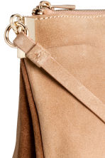 Suede shoulder bag - Light beige - Ladies | H&M CN 3