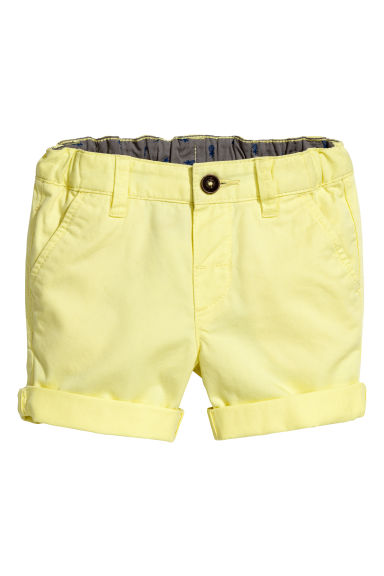 Chino shorts - Light yellow -  | H&M 1