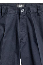 Short chino shorts - Dark blue - Men | H&M CN 4