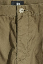 Short chino shorts - Khaki green - Men | H&M 3