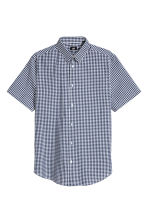 Short-sleeved Easy-iron shirt - Dark blue/Checked - Men | H&M CN 2