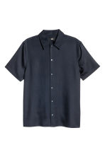 Lyocell short-sleeved shirt - Dark blue - Men | H&M CN 2