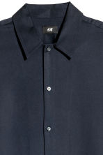 Lyocell short-sleeved shirt - Dark blue - Men | H&M CN 3
