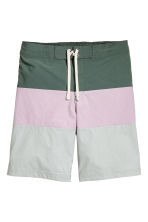 Block-coloured swim shorts - Grey/Light pink - Men | H&M 2
