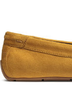 Moccasins - Mustard yellow - Men | H&M CN 4