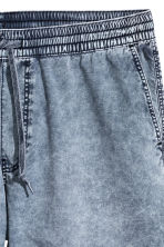 Washed cotton shorts - Blue washed out - Men | H&M 4