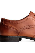 Brogues - Cognac brown - Men | H&M 4