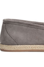 Suede espadrilles - Grey - Men | H&M CN 4