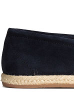 Suede espadrilles - Dark blue - Men | H&M CN 4