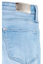 Superstretch Satin Jeans - Blu denim chiaro - BAMBINO | H&M IT 4
