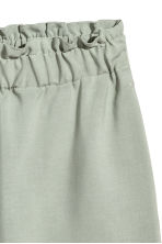 Wide shorts - Dusky green -  | H&M 3