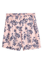 Wide shorts - Light pink/Floral - Ladies | H&M 2