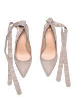 Court shoes with ties - Light grey - Ladies | H&M 2