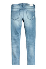 Skinny fit Worn Jeans - Ljus denimblå - Kids | H&M FI 3