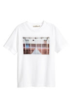 T-shirt - White/Photo - Men | H&M CN 2