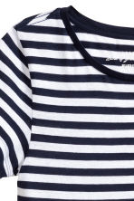 Short-sleeved top - Dark blue/Striped - Ladies | H&M CN 3