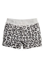 Sweatshirt shorts - Grey/Leopard print - Kids | H&M 2