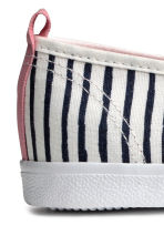 Striped slip-on trainers - White/Dark blue/Striped - Kids | H&M 3