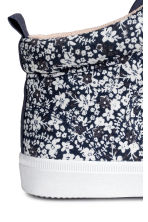 Cotton hi-top trainers - Dark blue/Floral - Kids | H&M 4