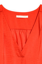 V-neck blouse - Red - Ladies | H&M CN 3