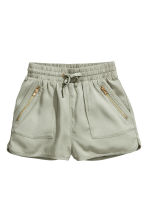 Lyocell shorts - Light khaki green - Kids | H&M 2
