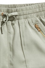 Lyocell shorts - Light khaki green - Kids | H&M 3