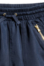 Lyocell shorts - Dark blue - Kids | H&M 3