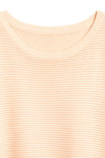 Textured short-sleeved jumper - Light apricot - Ladies | H&M 3
