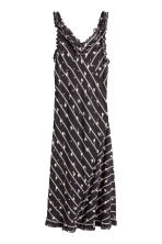 Chiffon maxi dress - Black/Patterned - Ladies | H&M CN 1