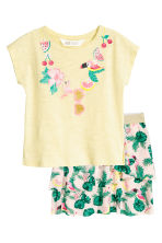 Top and skirt - Light yellow/Parrot - Kids | H&M CN 2
