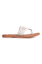 Crocheted flip-flops - Natural white -  | H&M 2