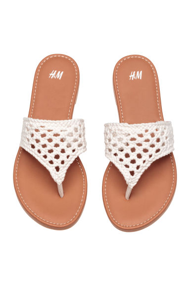 Crocheted flip-flops - Natural white -  | H&M 1