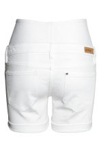MAMA Denim shorts - White denim -  | H&M 3
