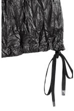 Crinkled nylon shorts - Black - Ladies | H&M 2