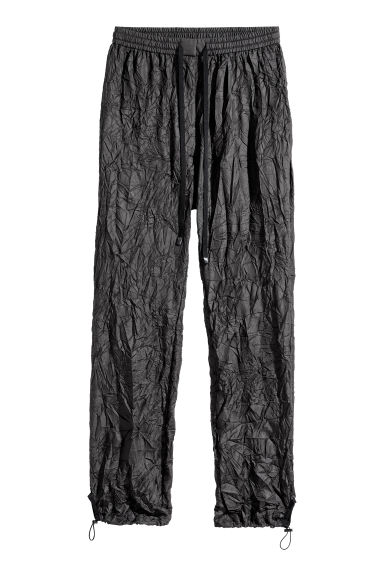 Crinkled nylon trousers - Black -  | H&M CN 1