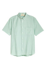 Short-sleeve shirt Regular fit - Dusky green - Men | H&M 2