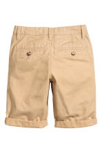 Generous fit Chino shorts - Beige -  | H&M CN 2