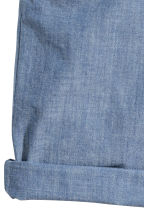 Generous fit Chino shorts - Blue/Chambray -  | H&M 2