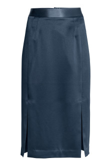 Knee-length satin skirt