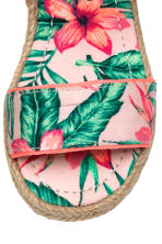 Floral-print sandals - Light pink/Leaf -  | H&M 3