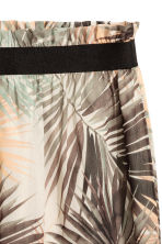 Crinkled chiffon skirt - Natural white/Leaf - Ladies | H&M CA 3