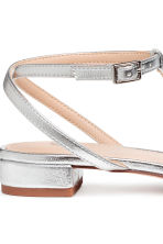 Sandals with a bow - Silver - Ladies | H&M 4