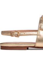 Pearly-detail sandals - Gold - Ladies | H&M 4