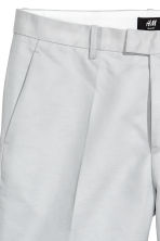 Linen-blend chino shorts - Light grey - Men | H&M 4