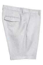 Linen-blend chino shorts - Light grey - Men | H&M 3