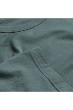 Pima cotton T-shirt - Grey green - Men | H&M CN 3