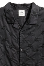 Embroidered resort shirt - Black - Men | H&M CN 2